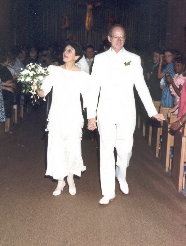 joe__lo_wedding_aisle19891